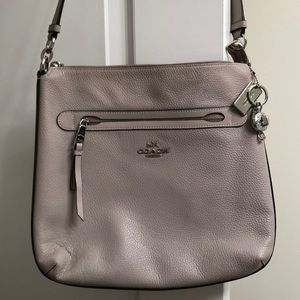 Beautiful Coach Purse With Wallet